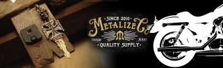 Metalize Productions ก่อตั้งขึ้นในปีพ. ศ. 2553 โดยเป็นการผสมผสานระหว่างวัฒนธรรมอเมริกันและวินเทจแบบคลาสสิ