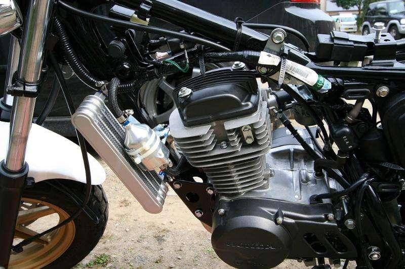 HONDA APE100 (2009)