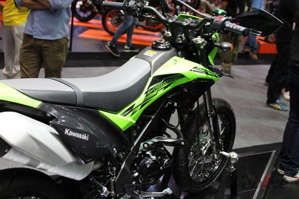 Kawasaki-D-Tracker-1