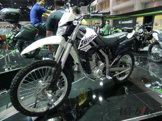 Kawasaki-KLX250-2