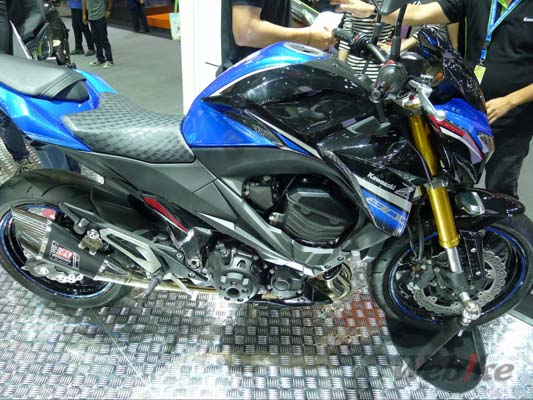 Kawasaki-Z800-3