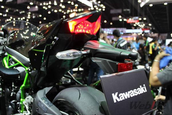 Kawasaki-motor-expo-2015-2