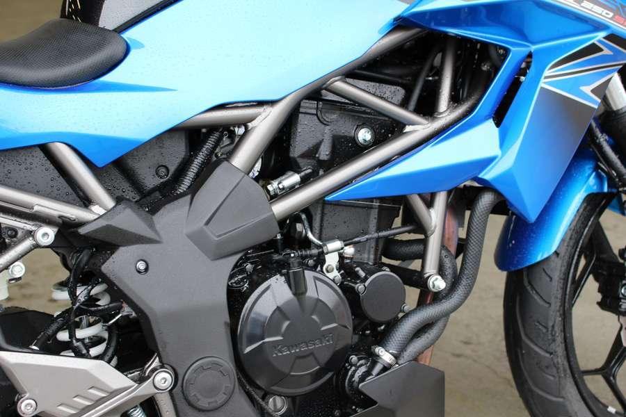 z250 engine