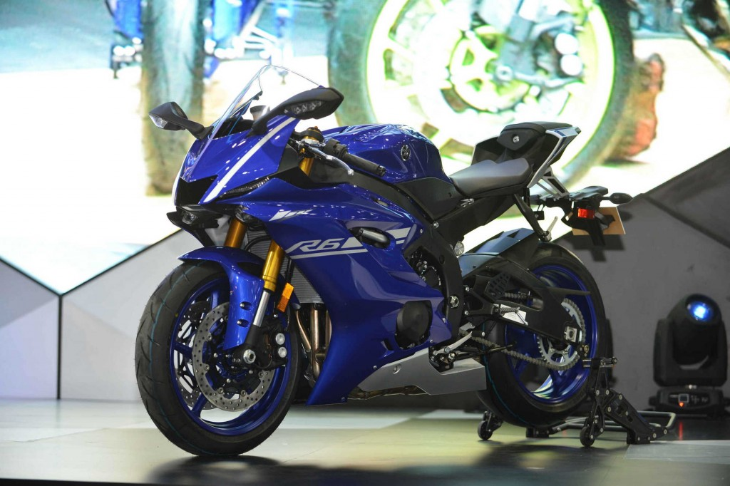 Yamaha YZF-R6 (4)