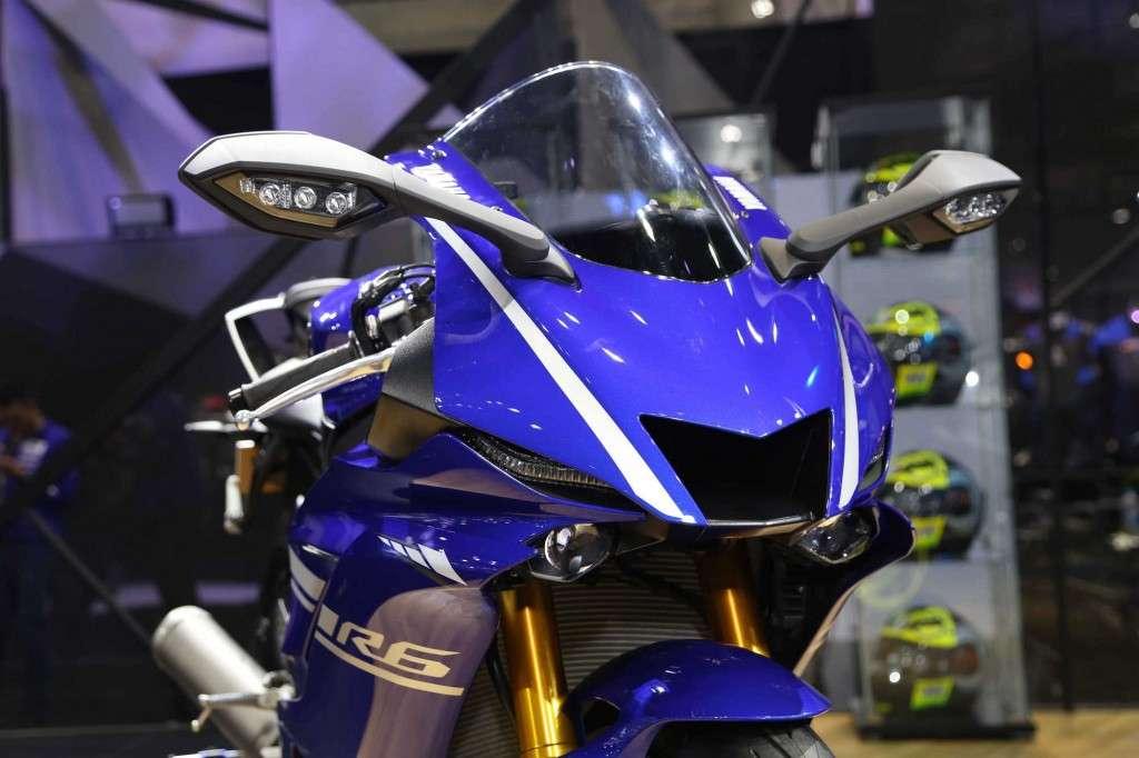 Yamaha YZF-R6 (6)