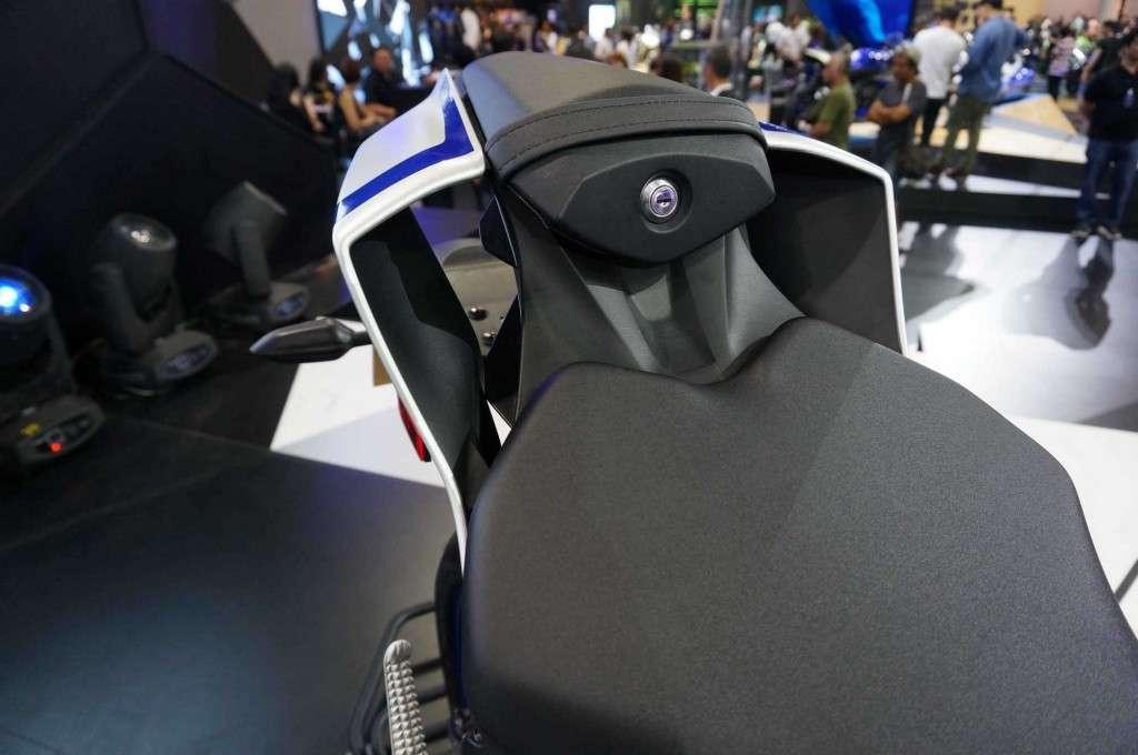 Yamaha YZF-R6 (8)