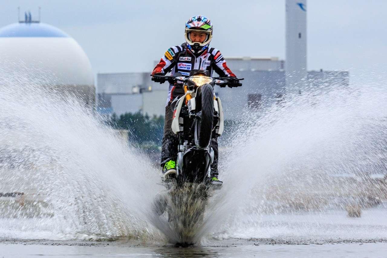 [BMW G310R] สายสตั้นไม่ควรพลาดกับ Test Riding!! - Webike Thailand