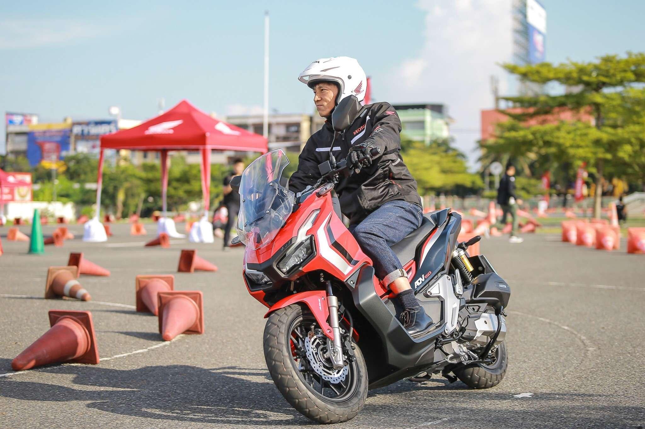 Test Drive ADV 150 By Boy ThaiGP_191028_0106
