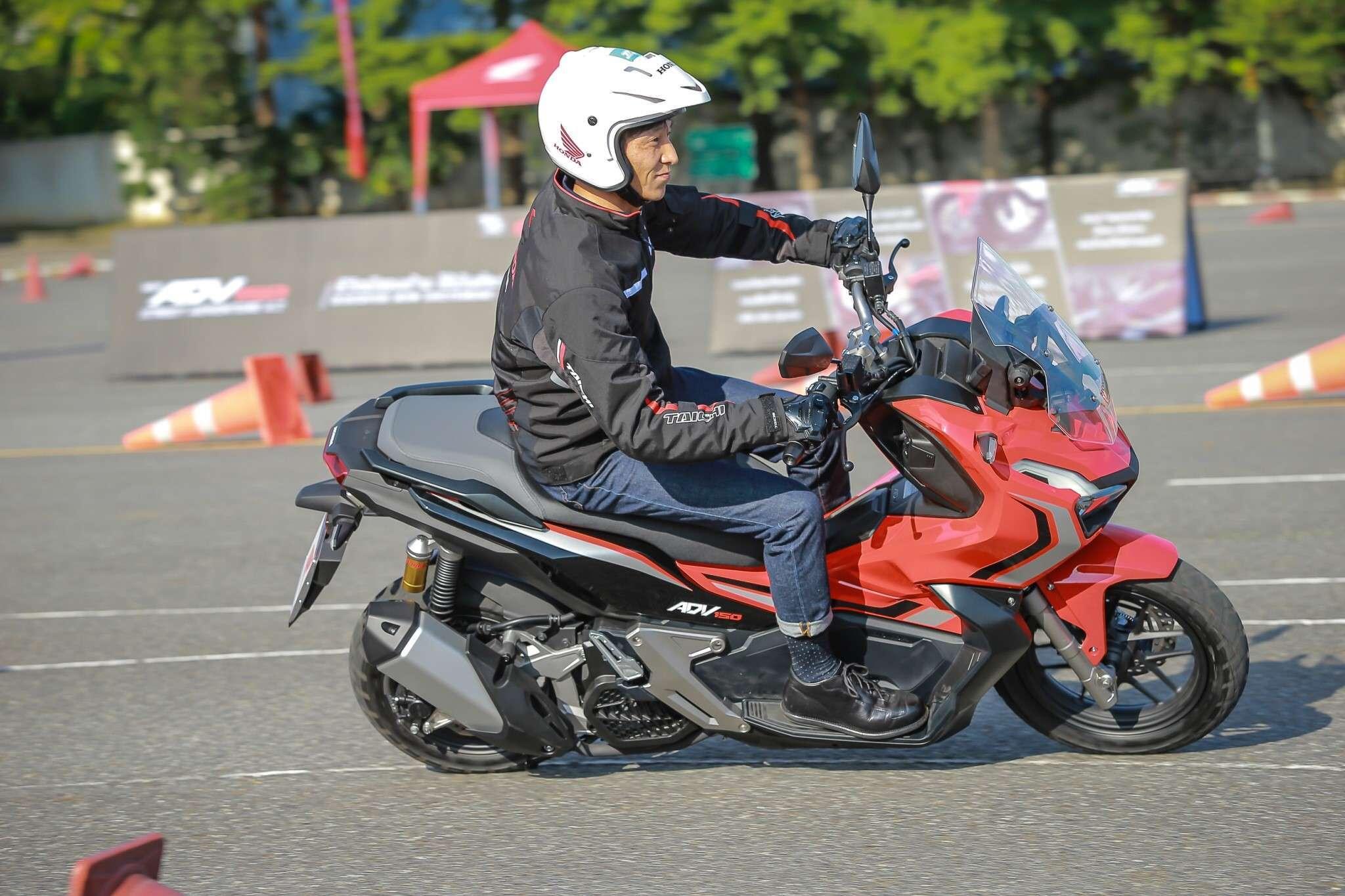 Test Drive ADV 150 By Boy ThaiGP_191028_0110