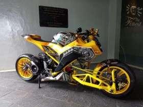 Honda-Vario-125-do-3