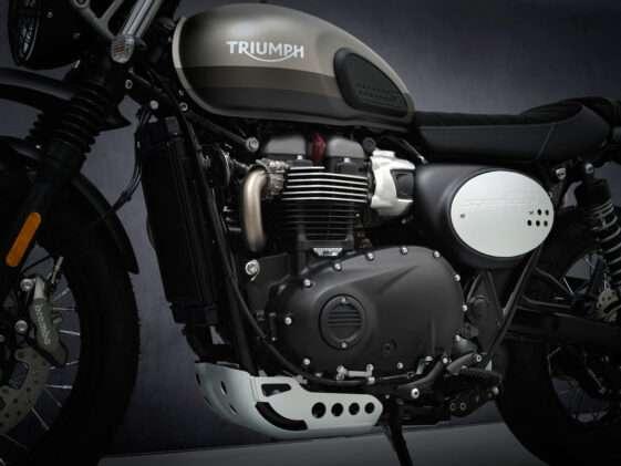 2021-Triumph-Street-Scrambler-Sandstorm-7-561x421-1
