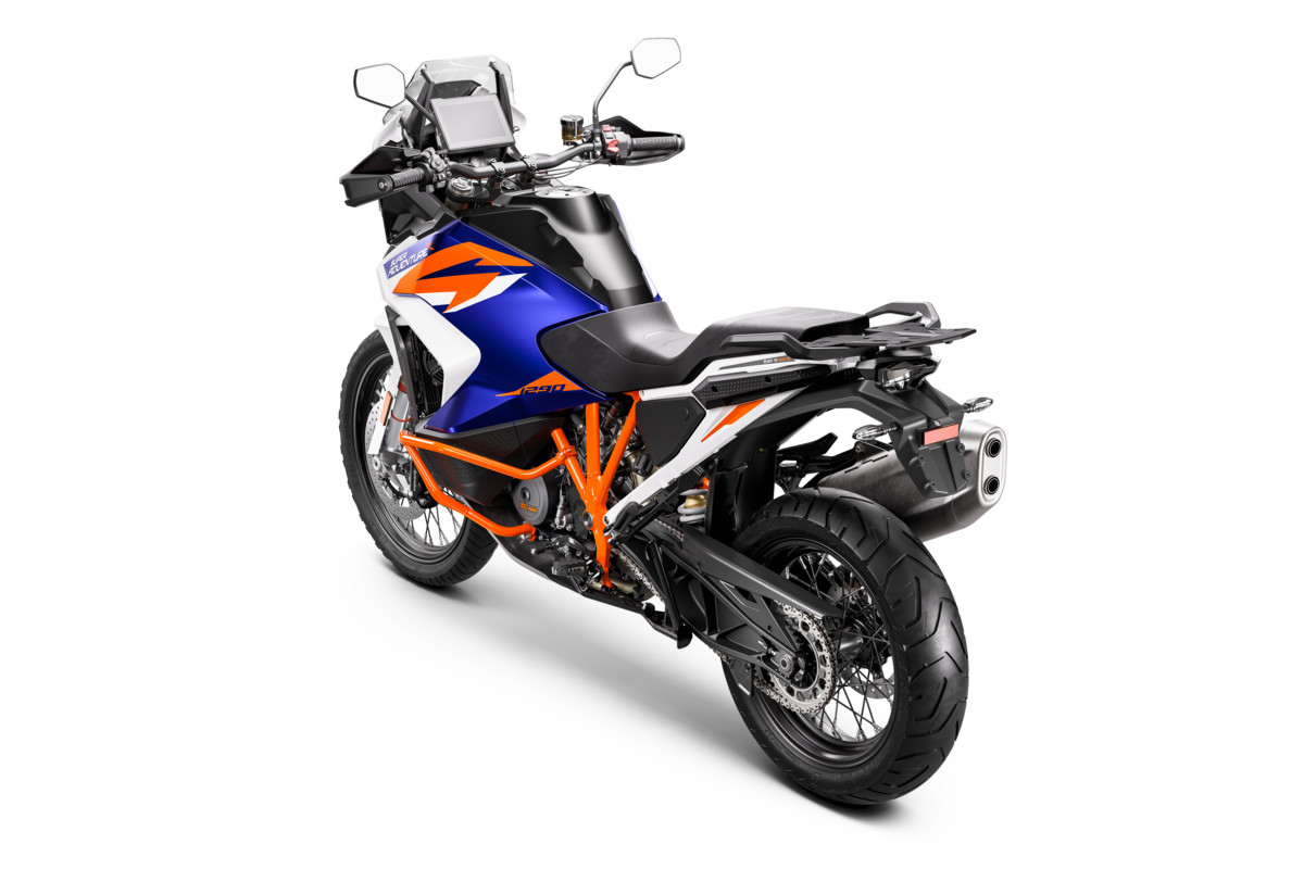 KTM-1290-SUPER-ADVENTURE-R_Studio_rear-left