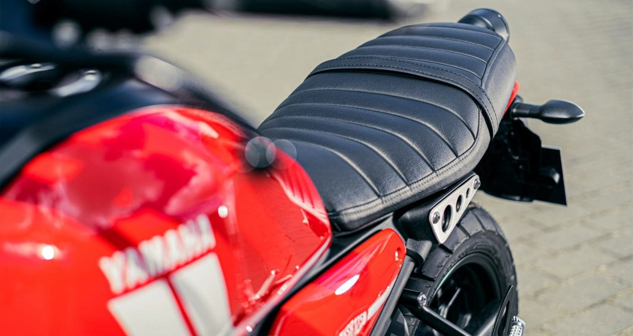 2021-Yamaha-XS125-EU-Detail-002-03