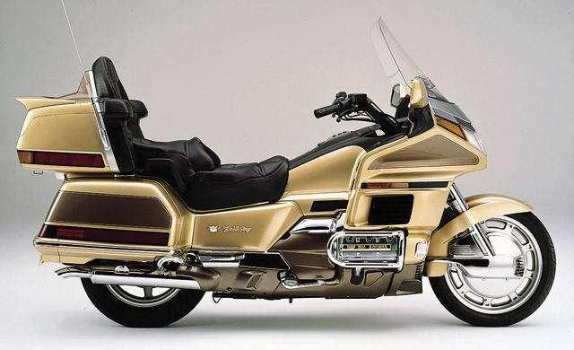 9_GL1500_Honda_Goldwing