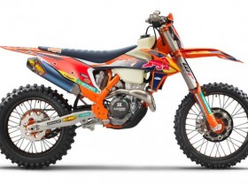 2022-ktm-350-xc-f-factory-edition-first-look-gncc-racing-off-road-competition-motorcycle-3-696x392